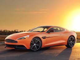 Mơ thấy xe ô tô